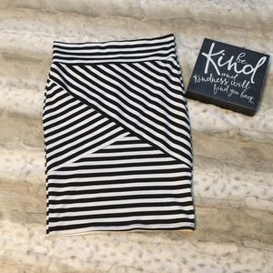 Charlotte Russe black striped skirt